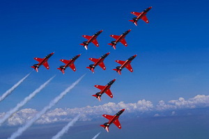 Re3d Arrows formation flying